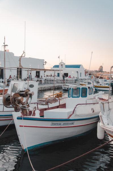 Port de pêcheurs à Naoussa