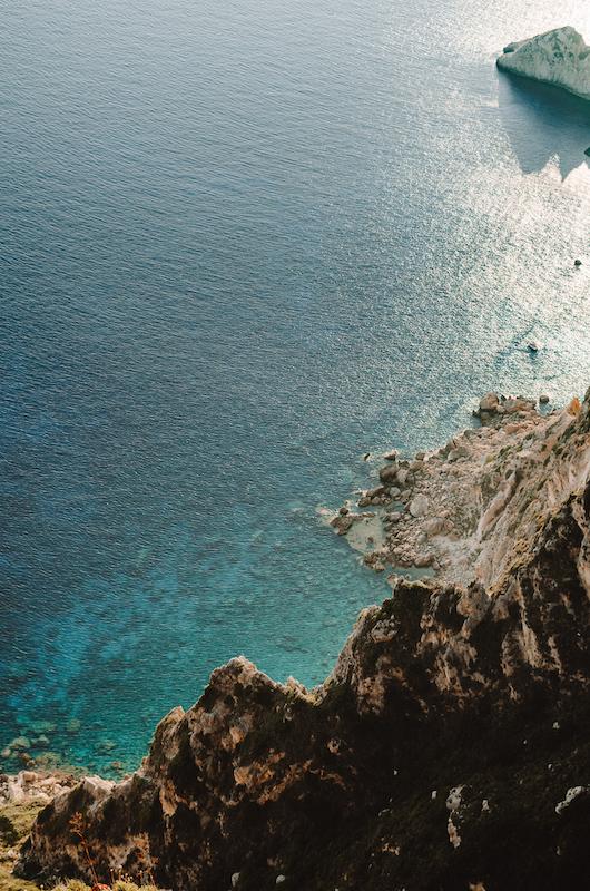 La falaise abrupte d'Angelokastro !