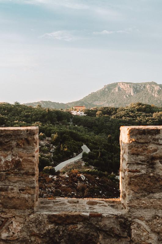 Vue sur les terres depuis Angelokastro