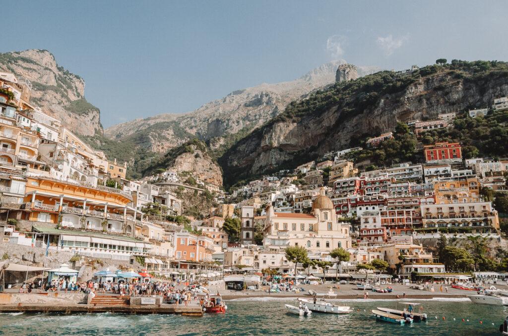 Positano en Italie vu depuis le port