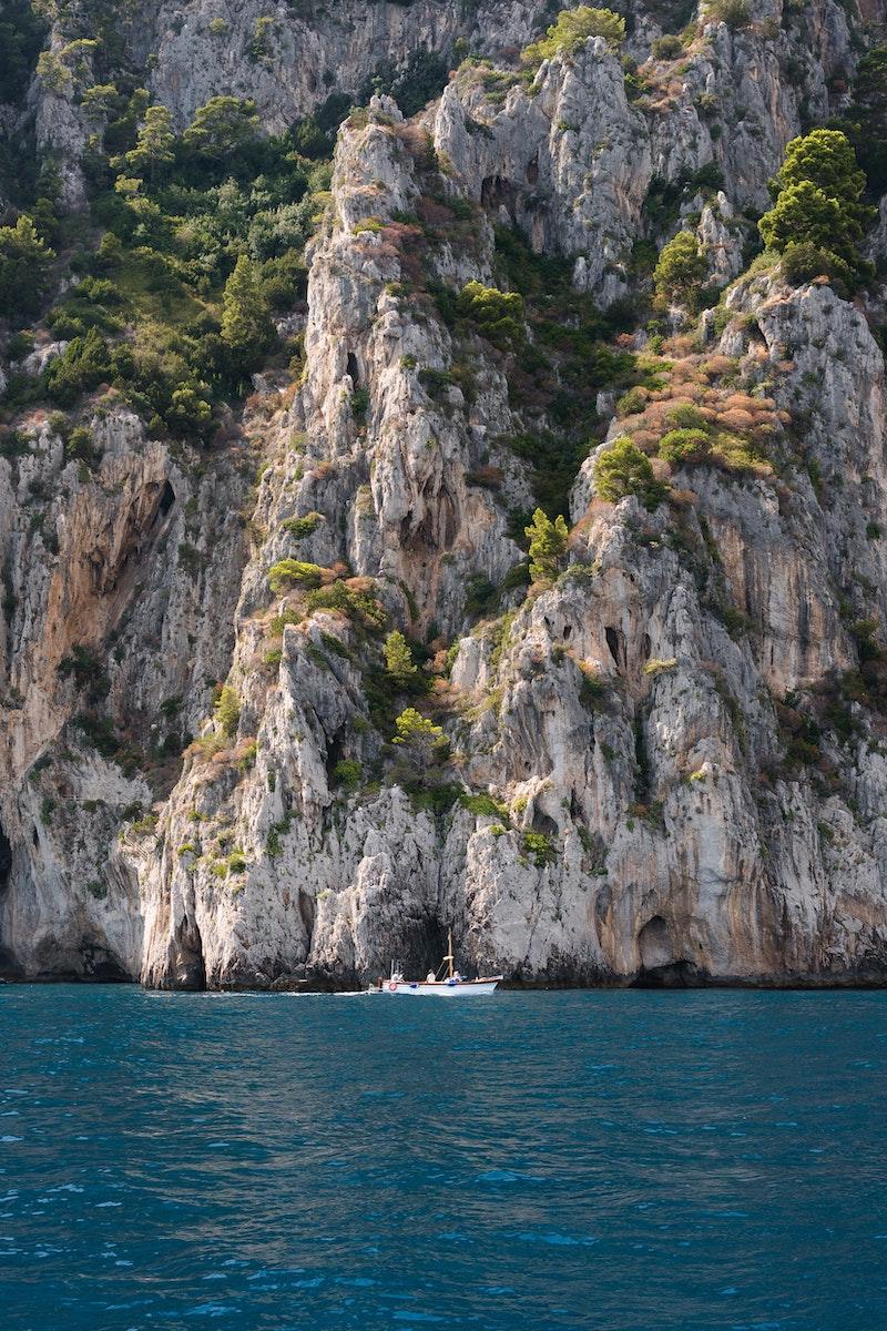 Rochers à Capri, Côte Amalfitaine