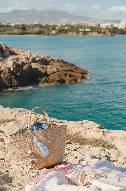 Beach basket gift ideas