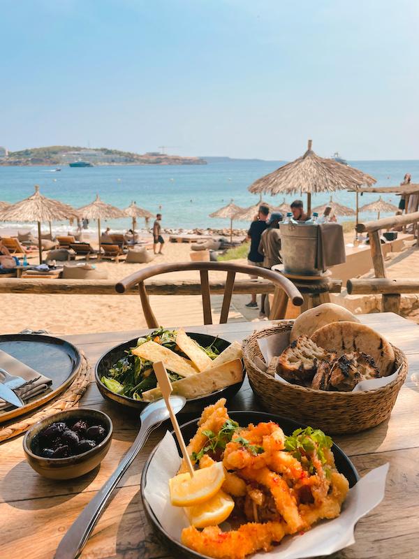 Déjeuner à Krabo, Athènes